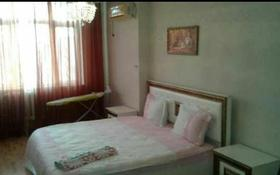 1-комнатная квартира, 55 м², 5/7 эт. посуточно, Сатпаева 2 Г за 8 000 ₸ в Атырау