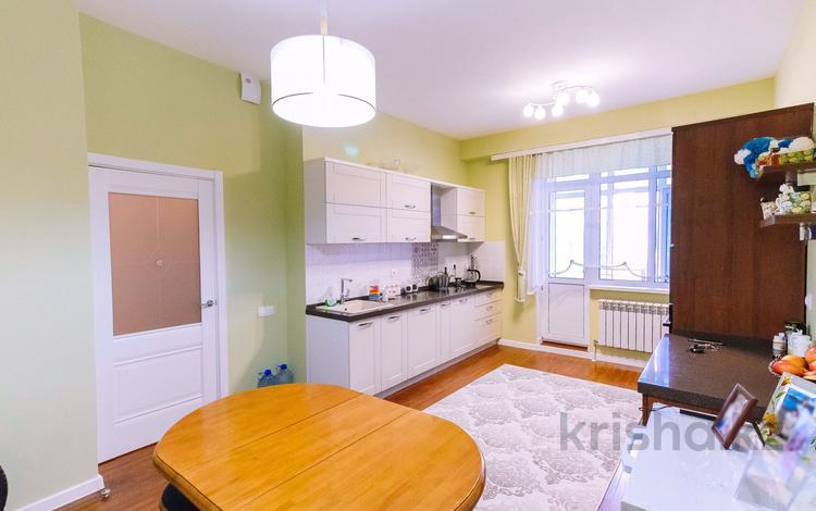 3-комнатная квартира, 93 м², 3/8 этаж, Туркестан 34 — Улы Дала за 38 млн 〒 в Нур-Султане (Астана), Есиль р-н