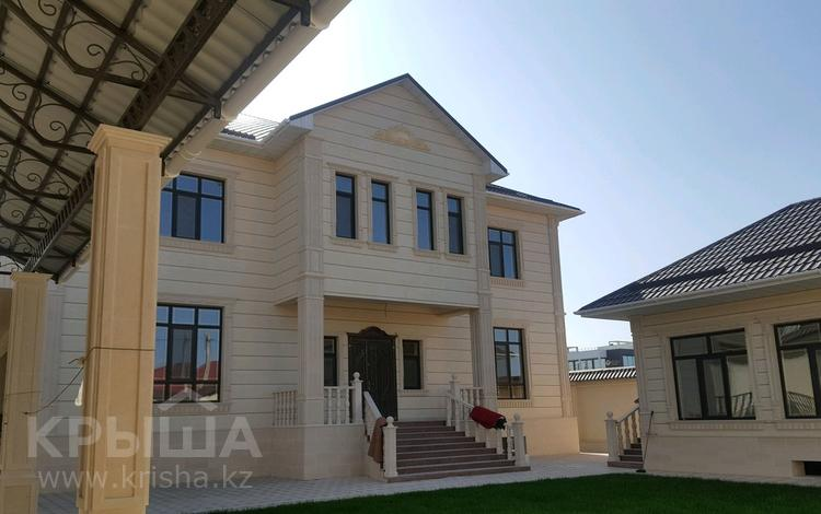 8-комнатный дом, 450 м², 10 сот., СЕВЕРО-ВОСТОК 22 за 210 млн 〒 в Шымкенте, Енбекшинский р-н