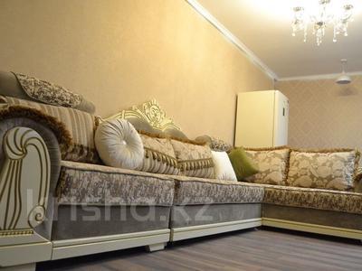 2-комнатная квартира, 50 м², 11/13 эт. помесячно, Ленина 61/2 за 160 000 ₸ в Караганде, Казыбек би р-н