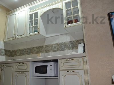 2-комнатная квартира, 50 м², 11/13 эт. помесячно, Ленина 61/2 за 160 000 ₸ в Караганде, Казыбек би р-н — фото 3