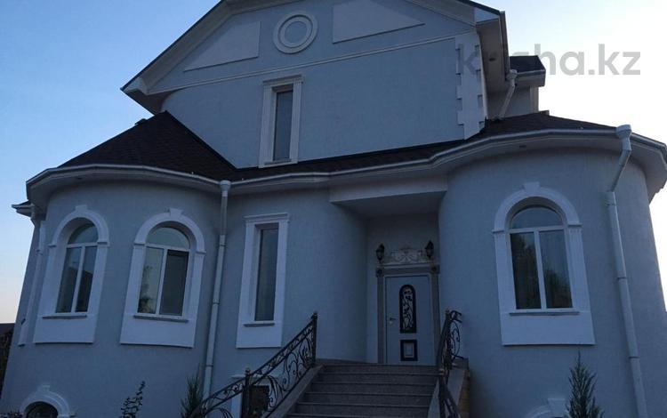 10-комнатный дом, 310 м², 10 сот., ул Тайманова 161 — Пр.Евразия за 180 млн ₸ в Уральске