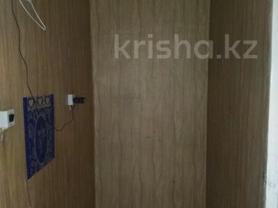 3-комнатная квартира, 58 м², 4/5 этаж, Гагарина 36 — Калдаякова-Кремлевская за 13 млн 〒 в Шымкенте, Абайский р-н