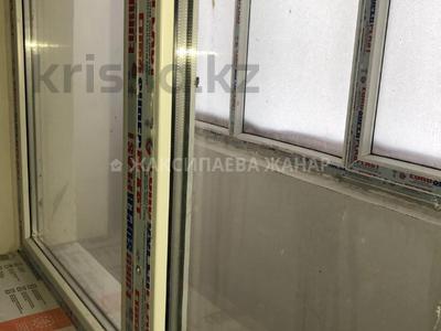 1-комнатная квартира, 48 м², 8/9 этаж, проспект Рахимжана Кошкарбаева за 14.3 млн 〒 в Нур-Султане (Астана) — фото 14