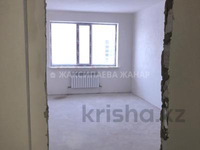 1-комнатная квартира, 48 м², 8/9 этаж, проспект Рахимжана Кошкарбаева за 14.3 млн 〒 в Нур-Султане (Астана) — фото 4