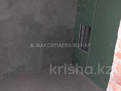 1-комнатная квартира, 48 м², 8/9 этаж, проспект Рахимжана Кошкарбаева за 14.3 млн 〒 в Нур-Султане (Астана) — фото 6