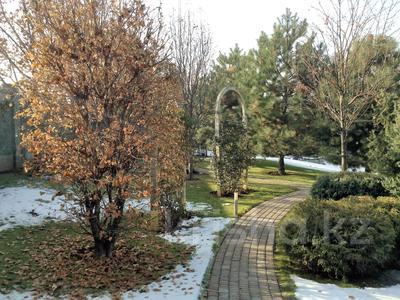 10-комнатный дом, 1400 м², 40 сот., Аскарова за ~ 1.2 млрд 〒 в Алматы, Бостандыкский р-н — фото 4