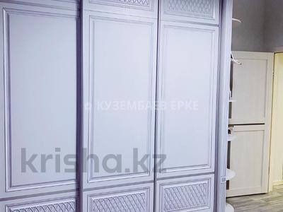 3-комнатная квартира, 90 м², 9/9 этаж, Мангилик Ел за ~ 37.4 млн 〒 в Нур-Султане (Астана), Есиль р-н — фото 6