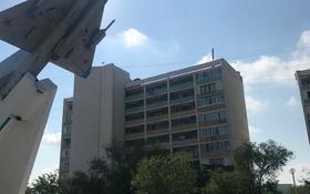 2-комнатная квартира, 50 м², 4/9 эт., 7-й мкр, 7мкр 22 за 12.5 млн ₸ в Актау, 7-й мкр