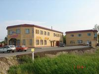 Здание, площадью 1220 м²
