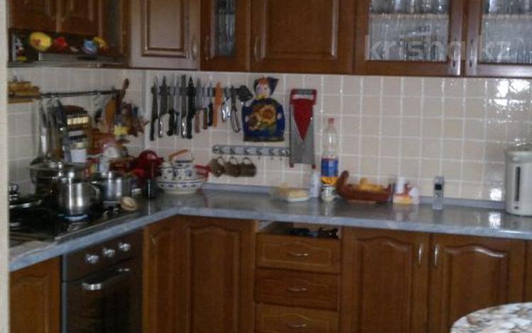 7-комнатный дом, 220 м², 6 сот., Туркестанская улица 12 за 35 млн 〒 в Алматы, Турксибский р-н