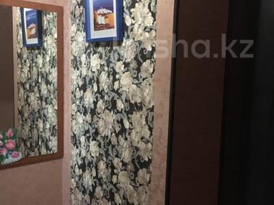 2-комнатная квартира, 60 м², 9/9 эт. посуточно, Шакарима 15 — Валиханова за 10 000 ₸ в Семее — фото 3