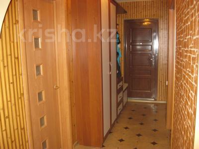 4-комнатная квартира, 100 м², 8/9 эт., 8 мкр. за 9.8 млн ₸ в Темиртау — фото 10