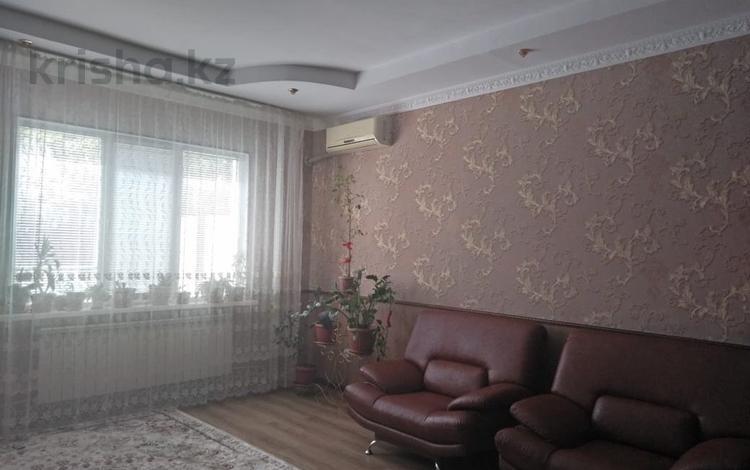 7-комнатный дом, 170 м², 2 сот., мкр Лесхоз, Гаухартас 11 за 24 млн 〒 в Атырау, мкр Лесхоз