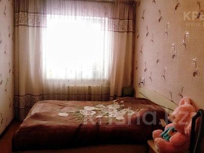 3-комнатная квартира, 62 м², 5/5 эт., 11А микрорайон за 8 млн ₸ в Караганде, Октябрьский р-н