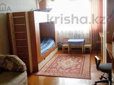 3-комнатная квартира, 62 м², 5/5 эт., 11А микрорайон за 8 млн ₸ в Караганде, Октябрьский р-н — фото 3