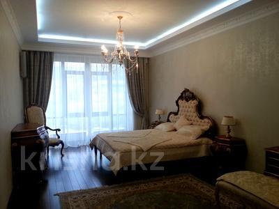 4-комнатная квартира, 220 м², 4/5 этаж, Мкр Юбилейный — Омаровой за 207 млн 〒 в Алматы, Медеуский р-н — фото 6