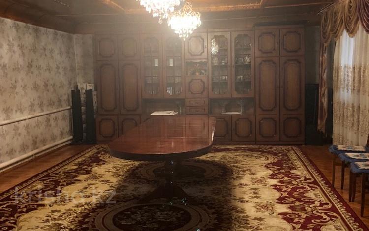 5-комнатный дом, 150 м², 6 сот., Рыскулова за 14 млн 〒 в Актобе, Нур Актобе