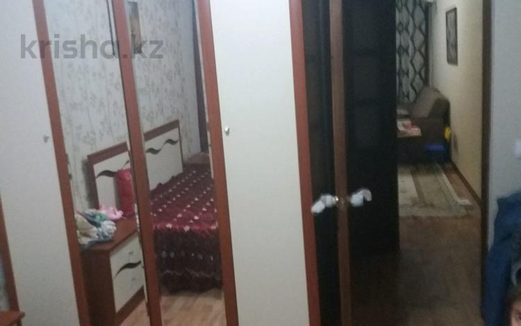 2-комнатная квартира, 48 м², 2/5 эт., мкр Центральный 87б — Махамбета за 13.5 млн ₸ в Атырау, мкр Центральный