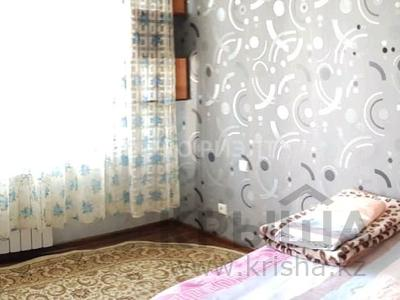 3-комнатная квартира, 65 м², 3/5 этаж, Конаева 10 за 17 млн 〒 в Таразе — фото 2