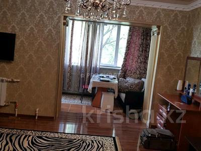 3-комнатная квартира, 65 м², 3/5 этаж, Конаева 10 за 17 млн 〒 в Таразе — фото 9