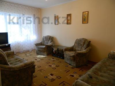 2-комнатная квартира, 52 м², 3/5 этаж посуточно, Жибек жолы 43 за 10 000 〒 в Шымкенте — фото 2