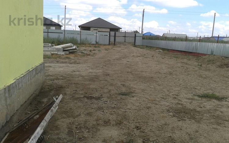 2-комнатный дом, 72 м², 10 сот., Балауса 30 49 за 12 млн ₸ в Атырау