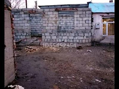 1-комнатный дом, 40 м², Коксенгир 12 за 10 млн 〒 в Нур-Султане (Астана), р-н Байконур — фото 2