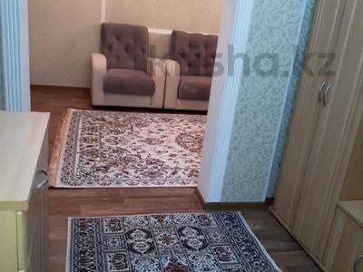 3-комнатная квартира, 78 м², 5/5 этаж посуточно, Акмешит 29 за 10 000 〒 в  — фото 7