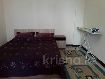 2-комнатная квартира, 90 м², 8/16 эт. по часам, Абая 63 — Валиханова за 2 000 ₸ в Нур-Султане (Астана) — фото 6