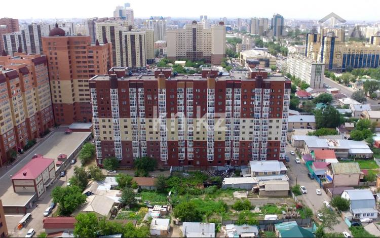 2-комнатная квартира, 54 м², 10/13 этаж, Отырар за 16.5 млн 〒 в Нур-Султане (Астана), р-н Байконур
