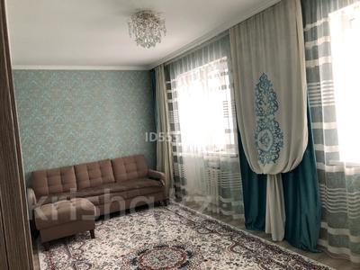 2-комнатная квартира, 58 м², 11/18 этаж, Тауелсиздик 21/5 за 24 млн 〒 в Нур-Султане (Астана), Алматы р-н