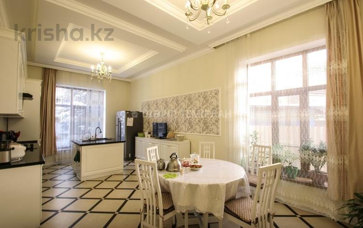 6-комнатный дом, 260 м², 6 сот., Шаляпина — Саина за 116 млн ₸ в Алматы, Ауэзовский р-н
