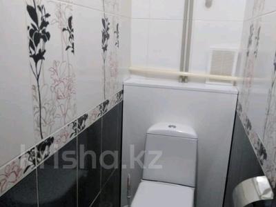 2-комнатная квартира, 55 м², 2/5 эт. помесячно, 28-й мкр 37 за 80 000 ₸ в Актау, 28-й мкр — фото 4