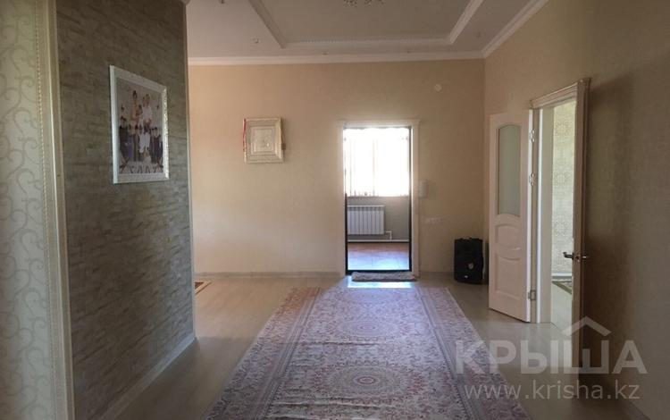 5-комнатный дом посуточно, 390 м², 20 сот., Толеубаева 20 за 80 000 〒 в Караганде, Казыбек би р-н