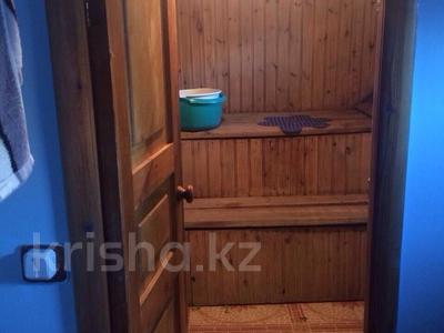 4-комнатный дом, 120 м², 11 сот., Боровская 37 — Красноармейская за 19.5 млн ₸ в Щучинске — фото 2