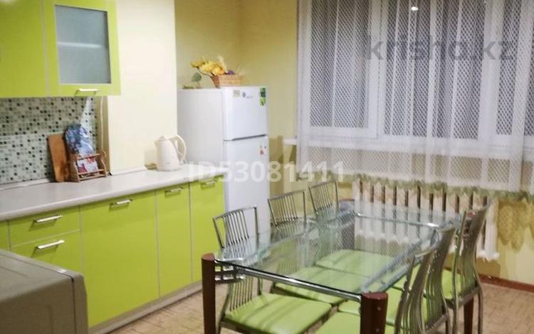 1-комнатная квартира, 35 м², 7 этаж посуточно, Айтике би за 9 000 〒 в Алматы, Алмалинский р-н
