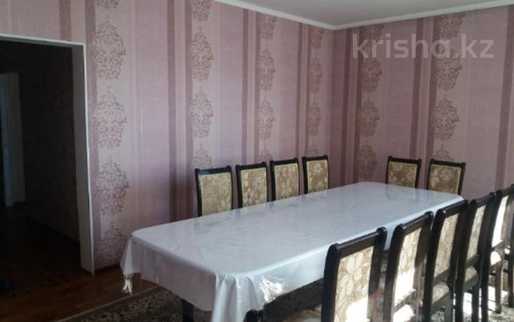 5-комнатный дом, 100 м², 5.5 сот., мкр Альмерек 257 — Улы Дала за 18 млн ₸ в Алматы, Турксибский р-н
