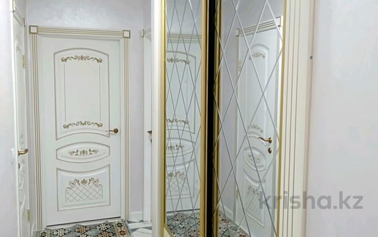 3-комнатная квартира, 83 м², 8/9 этаж, Аккент, АкКент — Райымбек за 27.7 млн 〒 в Алматы, Алатауский р-н