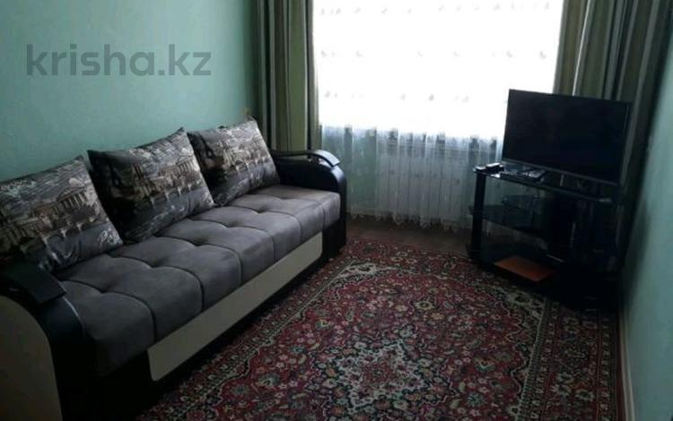 1-комнатная квартира, 33 м², 2/5 этаж посуточно, Гоголя 41 — Б.Мира за 5 500 〒 в Караганде, Казыбек би р-н
