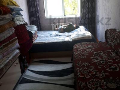 2-комнатная квартира, 45 м², 3/5 этаж, проспект Республики за 10.5 млн 〒 в Шымкенте, Аль-Фарабийский р-н — фото 3