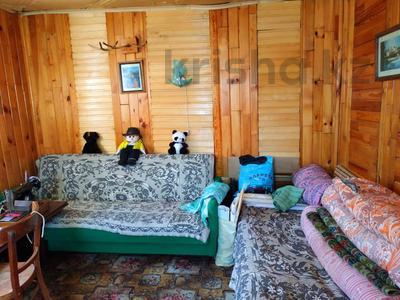 3-комнатная квартира, 63 м², 2/2 эт., Товарищеская за 10.8 млн ₸ в Щучинске — фото 9