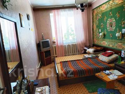 3-комнатная квартира, 63 м², 2/2 эт., Товарищеская за 10.8 млн ₸ в Щучинске — фото 4