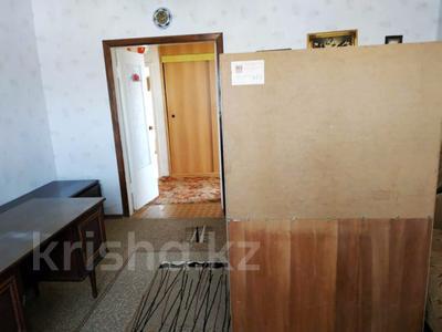 3-комнатная квартира, 63 м², 2/2 эт., Товарищеская за 10.8 млн ₸ в Щучинске — фото 7