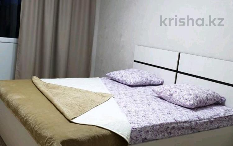 2-комнатная квартира, 85 м², 10/12 этаж посуточно, Тажибаевой 157/4 — Ескараева за 12 000 〒 в Алматы, Бостандыкский р-н
