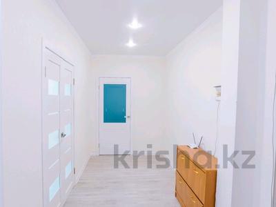 2-комнатная квартира, 60 м², 12/13 этаж, Б. Момышулы 14 за 22.5 млн 〒 в Нур-Султане (Астана), Алматы р-н — фото 9