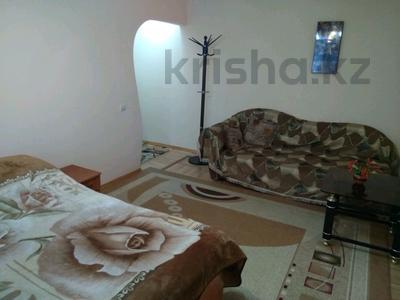 1-комнатная квартира, 36 м² посуточно, Сейфуллина — Макатаева за 6 000 ₸ в Алматы