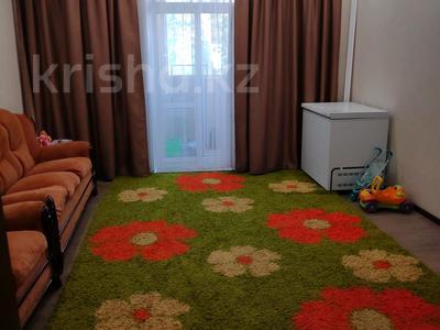 3-комнатная квартира, 81 м², 2/2 этаж, Ленина 68 за 18 млн 〒 в Караганде, Казыбек би р-н