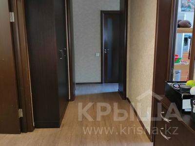 3-комнатная квартира, 81 м², 2/2 этаж, Ленина 68 за 18 млн 〒 в Караганде, Казыбек би р-н — фото 4