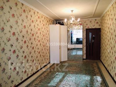 3-комнатная квартира, 70 м², 4/5 этаж, 11-й мкр 24 за 12.5 млн 〒 в Актау, 11-й мкр — фото 2